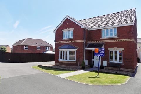 4 bedroom detached house for sale - Wild Field, Broadlands, Bridgend. CF31 5FF