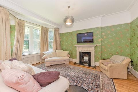 3 bedroom apartment to rent - Ashburnham Road, SW10