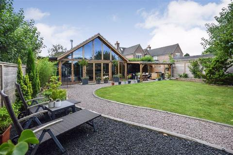 2 bedroom detached bungalow for sale - Aston Flamville
