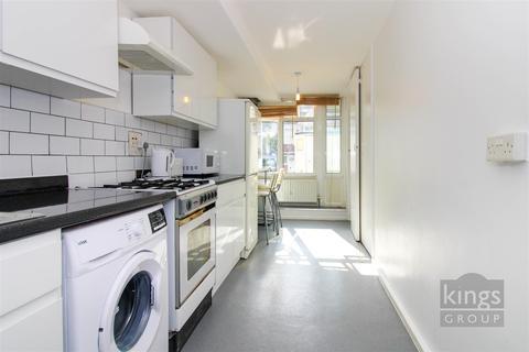 2 bedroom flat for sale - Pembury Road, London