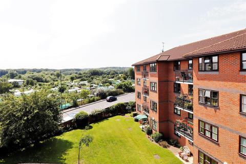 2 bedroom retirement property for sale - London Road, Crayford, Dartford