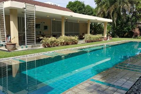 7 bedroom house - Jalan Ampang Hilir, 55000 Kuala Lumpur