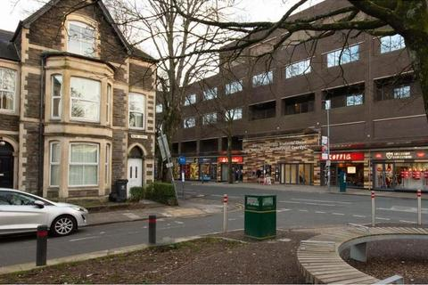 4 bedroom flat to rent - Ruthin Gardens, Cathays, Cardiff
