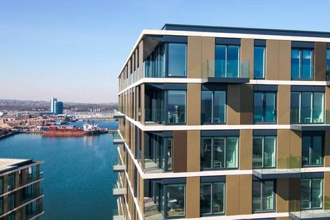 3 bedroom apartment for sale - Chatham Waters, Flat 16, Chatham Docks, Gillingham, ME4