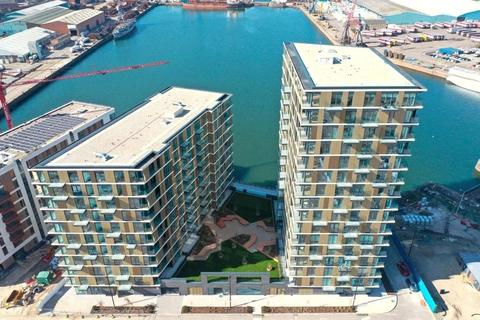2 bedroom apartment for sale - Chatham Waters, Flat 30, Chatham Docks, Gillingham, ME4