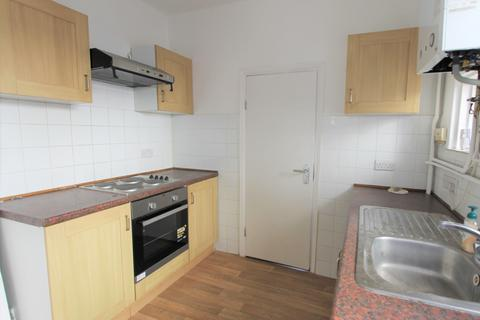 3 bedroom house to rent - Forest Road , London, N9