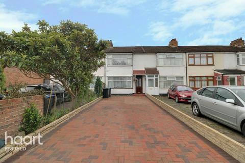 3 bedroom terraced house for sale - Clydesdale, Enfield