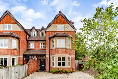 5 bedroom semi-detached house to rent - Davenant Road, Oxford, Oxfordshire, OX2