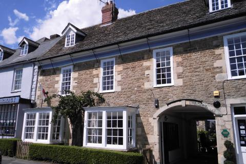 Office to rent - 1st Floor Offices, 3 Sheep Street, Highworth, Wiltshire, SN6 7AA