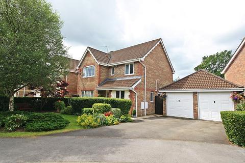 4 bedroom detached house for sale - Pant Y Dderwen, Pontyclun, Rhondda, Cynon, Taff. CF72 8LY