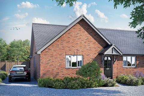 2 bedroom semi-detached bungalow for sale - Plot 3 Copland Close, Broomfield, CM1 7DT