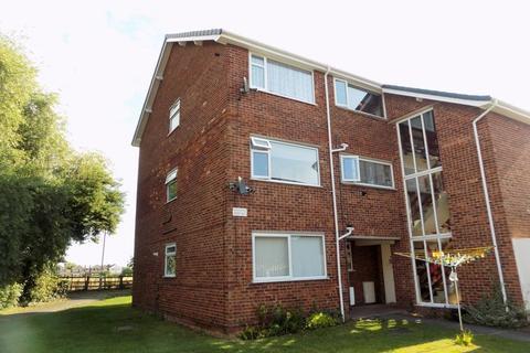 2 bedroom apartment to rent - Oak Avenue, Bingham