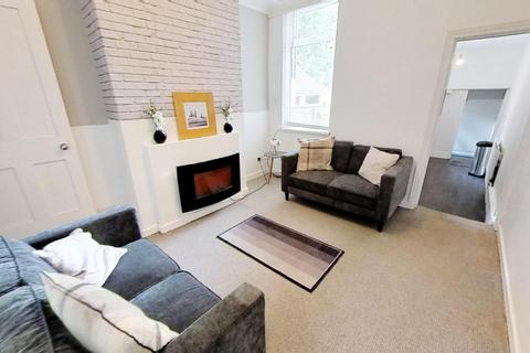 2 bedroom house to rent - Burns Street, Leicester