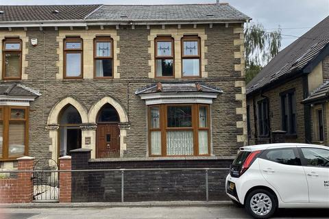 3 bedroom semi-detached house for sale - Wyndham Crescent, Aberdare, Mid Glamorgan