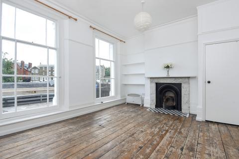 Studio to rent - Montpelier Vale Blackheath SE3