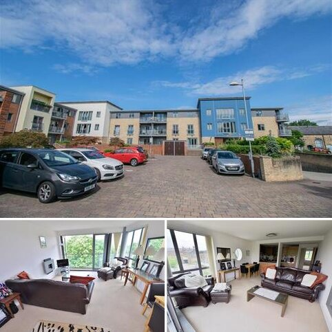 3 bedroom apartment for sale - Fairway Court, Worsdell Drive, Gateshead