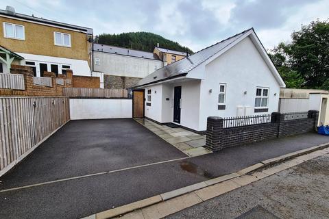 2 bedroom detached bungalow for sale - Corbett Street, Ogmore Vale, Bridgend, CF32 7AA