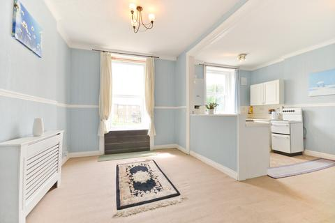2 bedroom maisonette for sale - 50a High Street, Ventnor