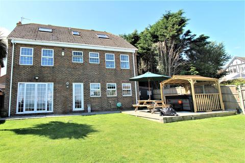 6 bedroom house for sale - Stanley Avenue, Minster On Sea, Sheerness
