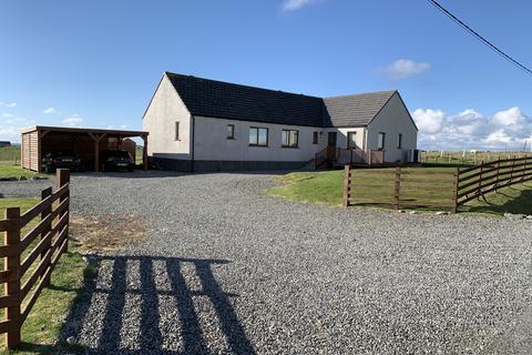 3 bedroom detached bungalow for sale - Melbost Borve, Isle of Lewis, HS2