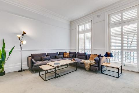 4 bedroom flat to rent - Avonmore Mansions, Avonmore Road, London, W14