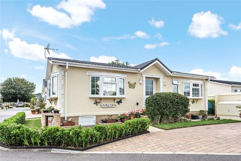2 bedroom park home for sale - Lechlade Court, Faringdon Road, Lechlade, GL7