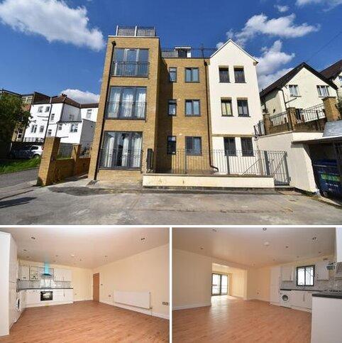 2 bedroom flat to rent - Brent Road London SE18