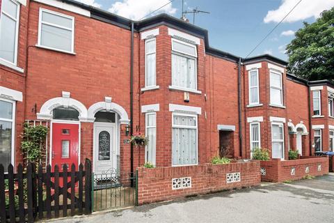 4 bedroom terraced house for sale - Summergangs Road, Hull