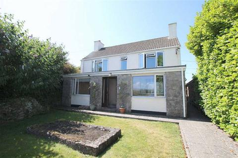 4 bedroom detached house for sale - Talwrn, Anglesey, LL77