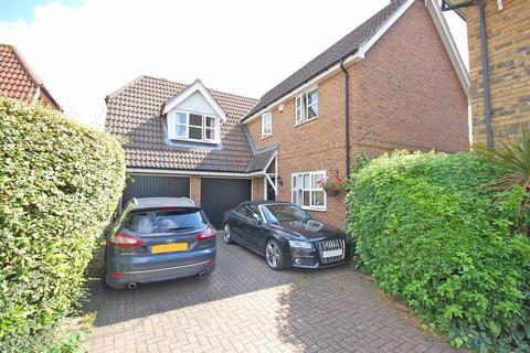 4 bedroom detached house for sale - Framlingham Way, Great Notley, Braintree