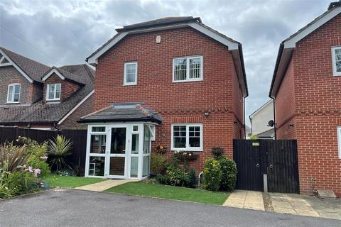 3 bedroom detached house for sale - Fellows Gardens, Yapton, Arundel, West Sussex