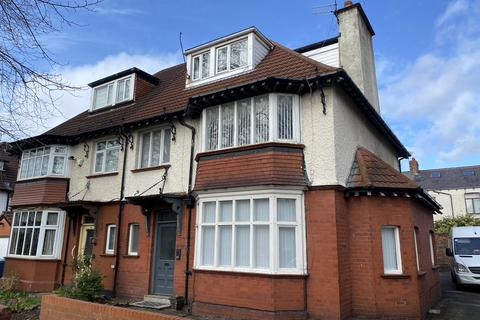 2 bedroom apartment to rent - Queens Drive,  Mossley Hill, Liverpool, Merseyside L18