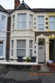 2 bedroom flat to rent - Dogfield, Cardiff
