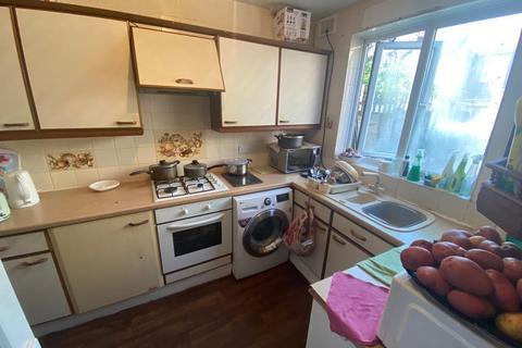 3 bedroom house to rent - Marsden Road, London