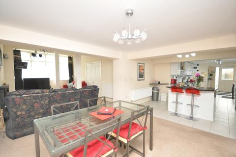 2 bedroom apartment for sale - Wortley Road, High Green