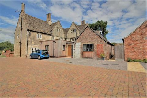 4 bedroom semi-detached house for sale - Standish Gate, Standish