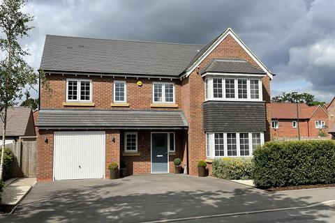 4 bedroom detached house for sale - Mulberry Grove, Tidbury Green, Solihull