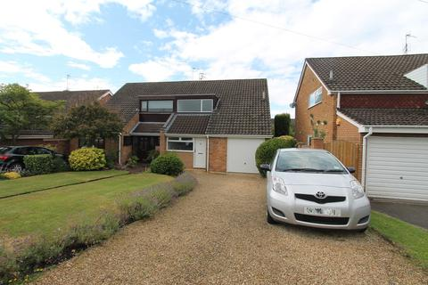 3 bedroom semi-detached house for sale - Portland Crescent, Pedmore, Stourbridge, DY9