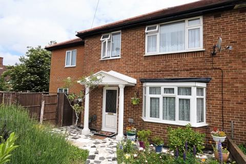 6 bedroom semi-detached house for sale - Sherborne Road, Bedfont, Feltham