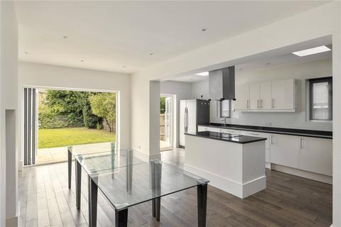 5 bedroom terraced house to rent - Madeira Road, London, SW16