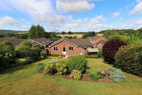 3 bedroom bungalow for sale - Lancaster Way, Monmouth, NP25