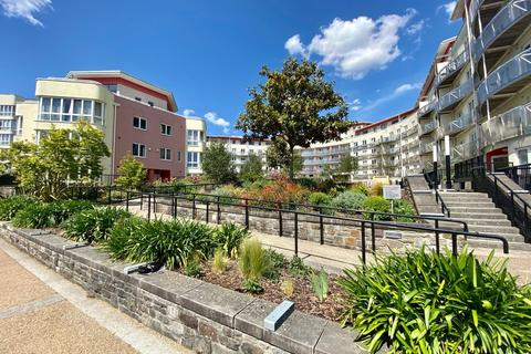 2 bedroom apartment to rent - Harbourside, The Crescent, BS1 5JQ