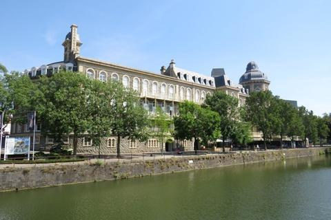 2 bedroom apartment to rent - Harbourside, The General, BS1 6SD