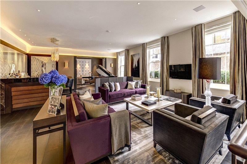 6 Bedrooms Mews House for sale in Wilton Mews, Belgravia, London, SW1X