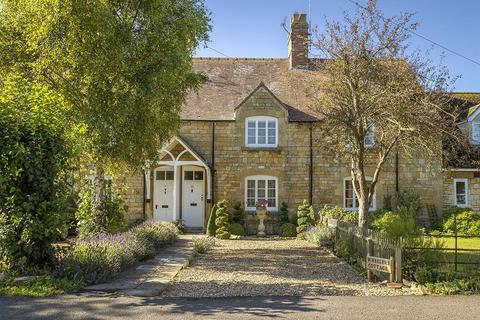 3 bedroom terraced house for sale - Atkinson Street, Childswickham, Broadway, Worcestershire, WR12
