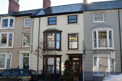 4 bedroom terraced house to rent - Maisonette Flat, North Parade, Aberystwyth SY23