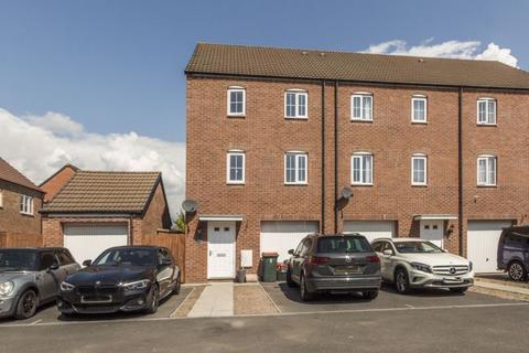 3 bedroom end of terrace house for sale - St. Vincent Court, Newport - REF# 00012838