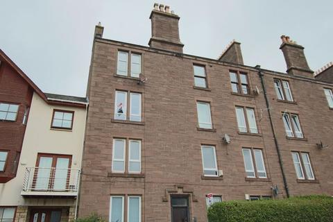 2 bedroom apartment for sale - Clepington Road, Dundee