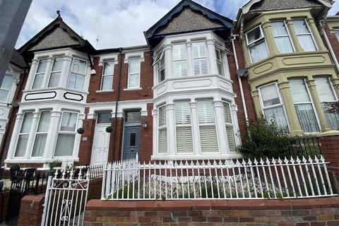 4 bedroom terraced house for sale - Gladstone Road, Barry