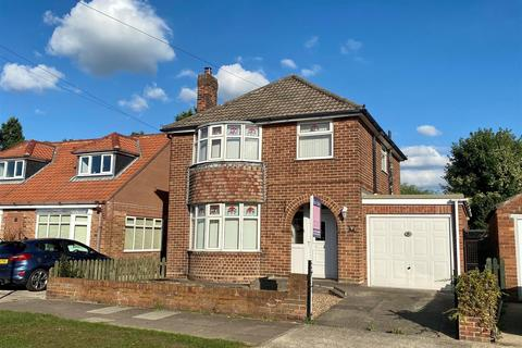 3 bedroom detached house for sale - Sherwood Grove, Acomb, York, YO26 5RD